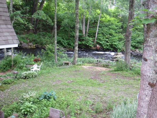 Outdoor space along the Pemaquid River.