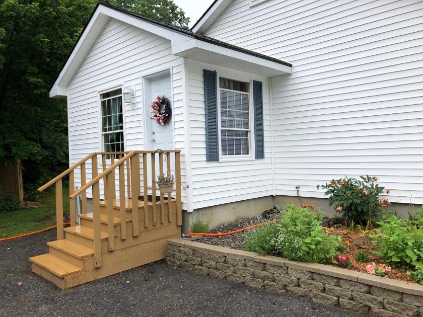 House entrance 2